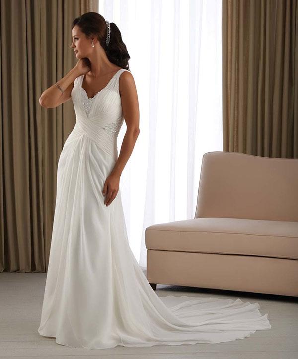 Свадебные платья со шлейфом: фото и примеры
