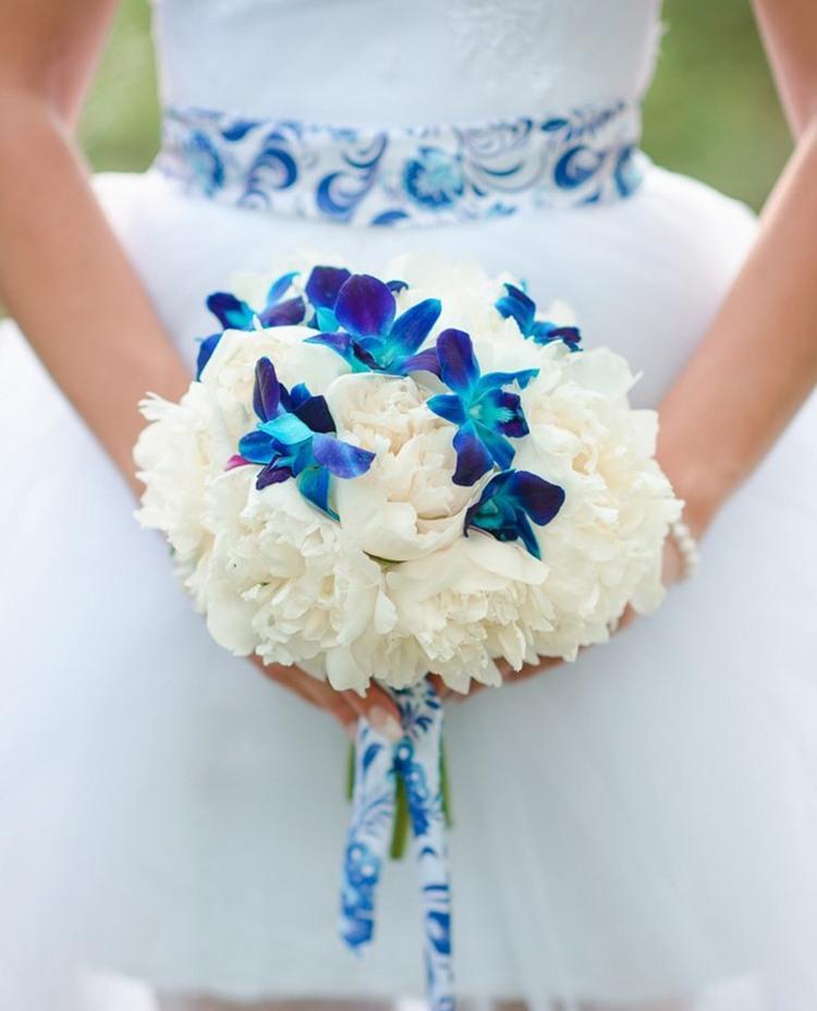 Свадебный букет Свадьба с декором «А-ля Гжель»
